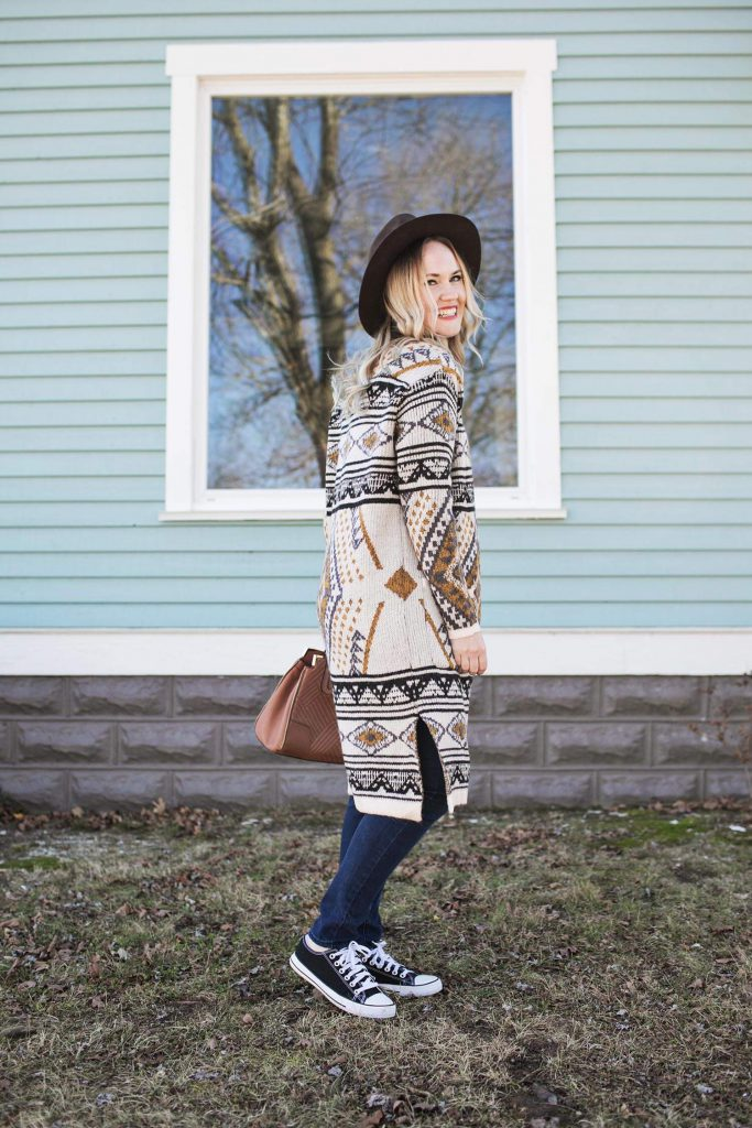 Sister Style: Comfy Cozy – A Beautiful Mess