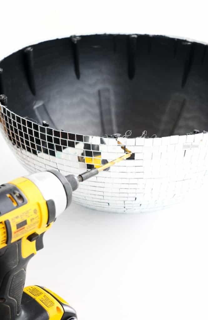 Disco-Ball-Hanging-Planter-click-through-for-tutorial_
