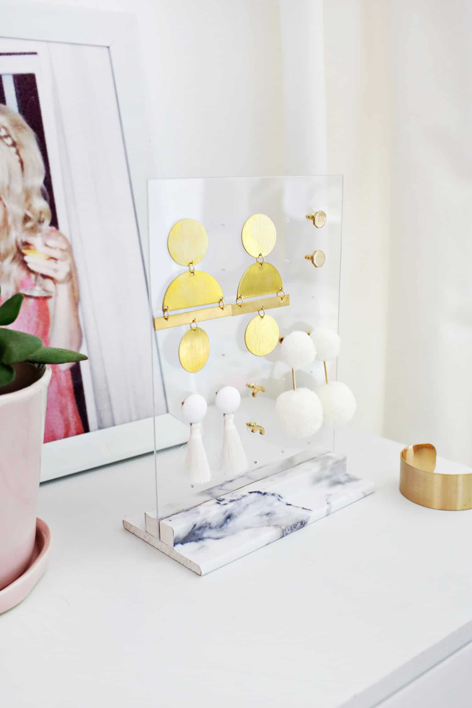 Acrylic Earring Holder Diy A Beautiful Mess