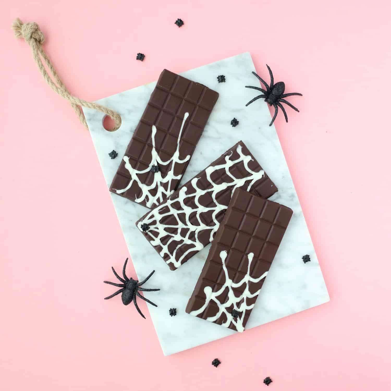 DIY-Spider-Web-Chocolate-Bars-6
