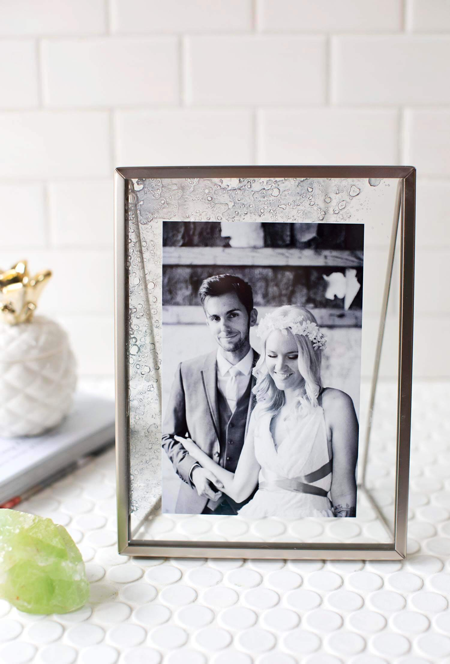 Diy Antique Glass Photo Frame A Beautiful Mess