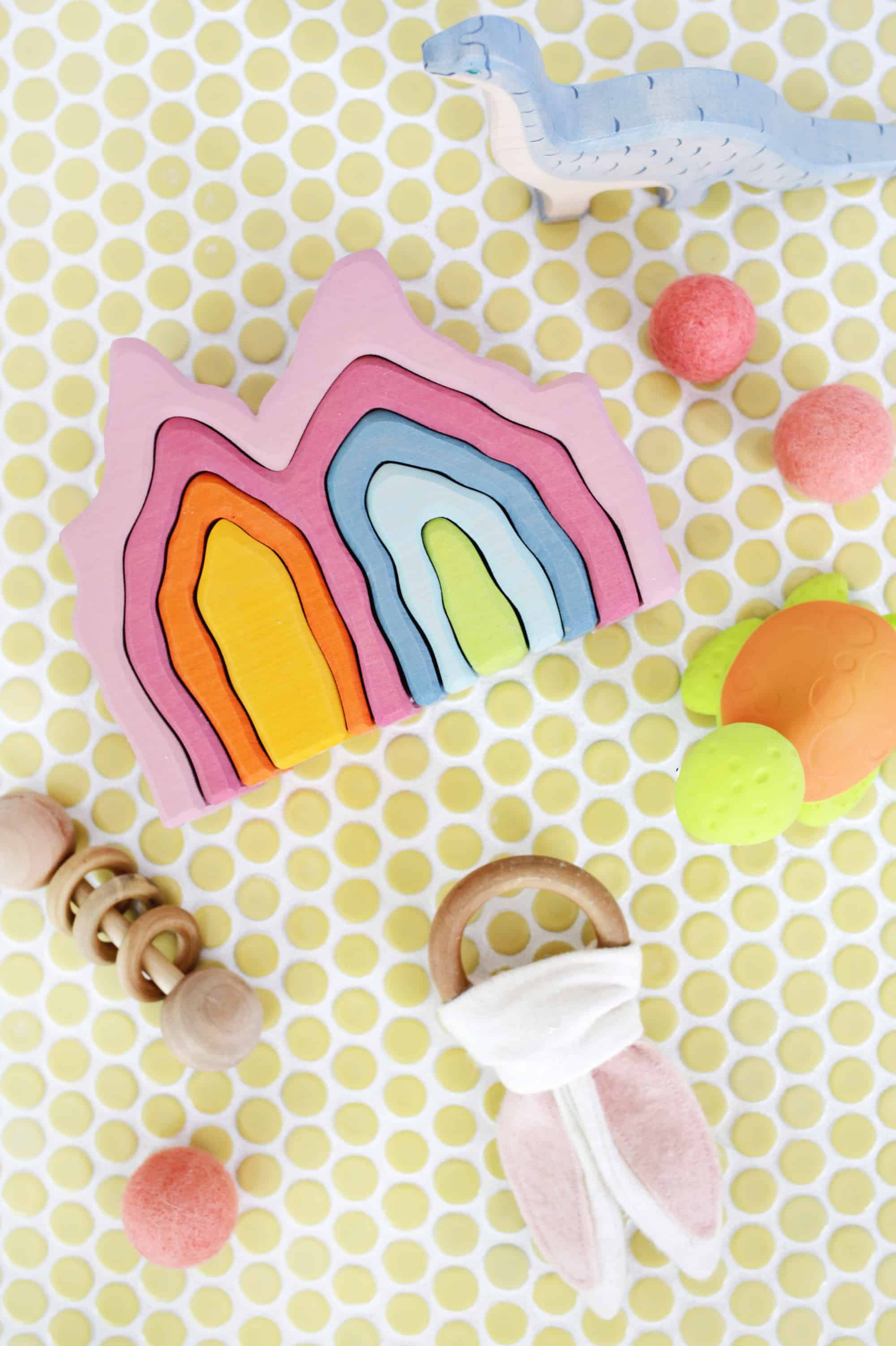 Find great natural products for your kiddos at www.abeautifulmess.com