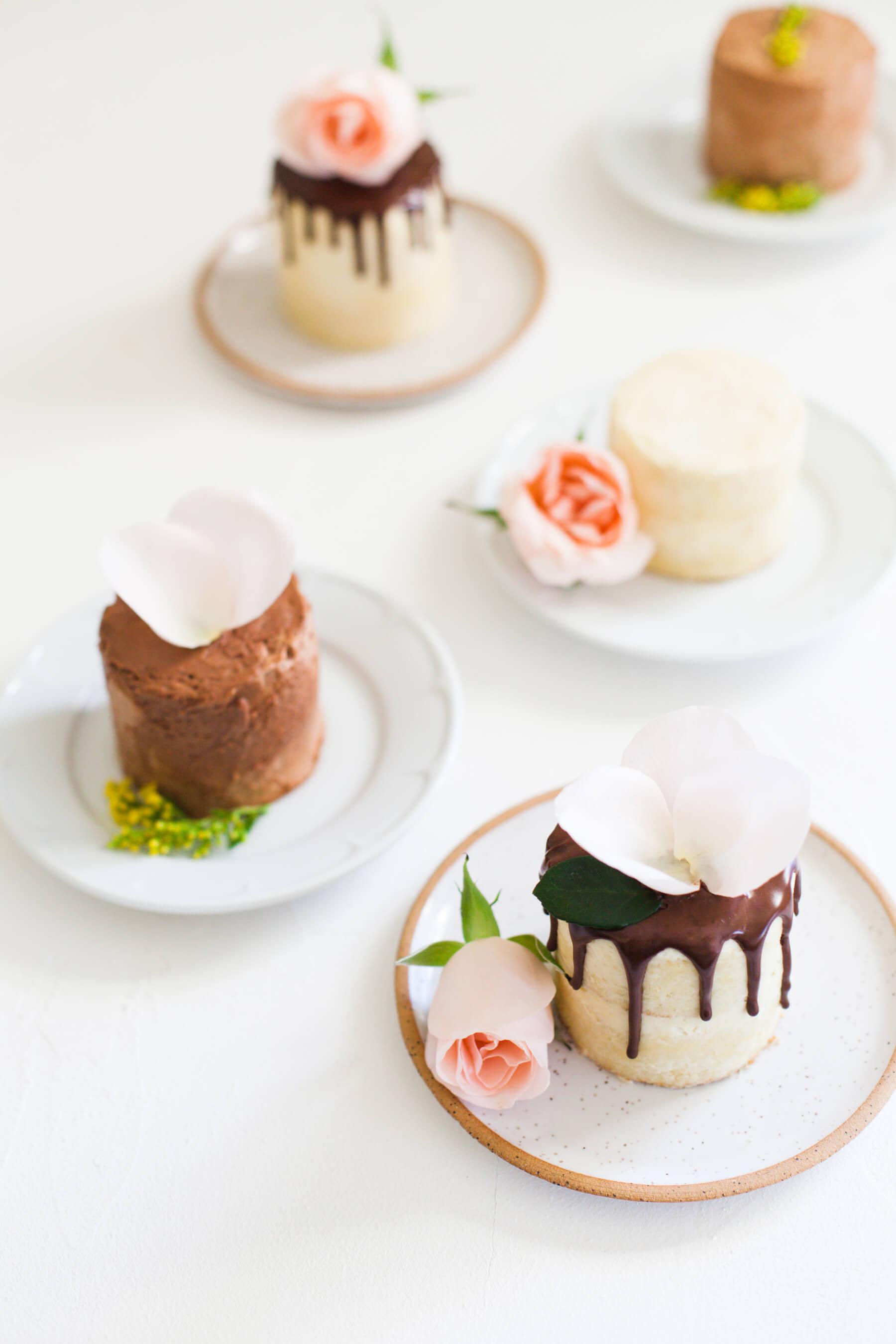 How-to-bake-sheet-pan-mini-cakes-8.jpg
