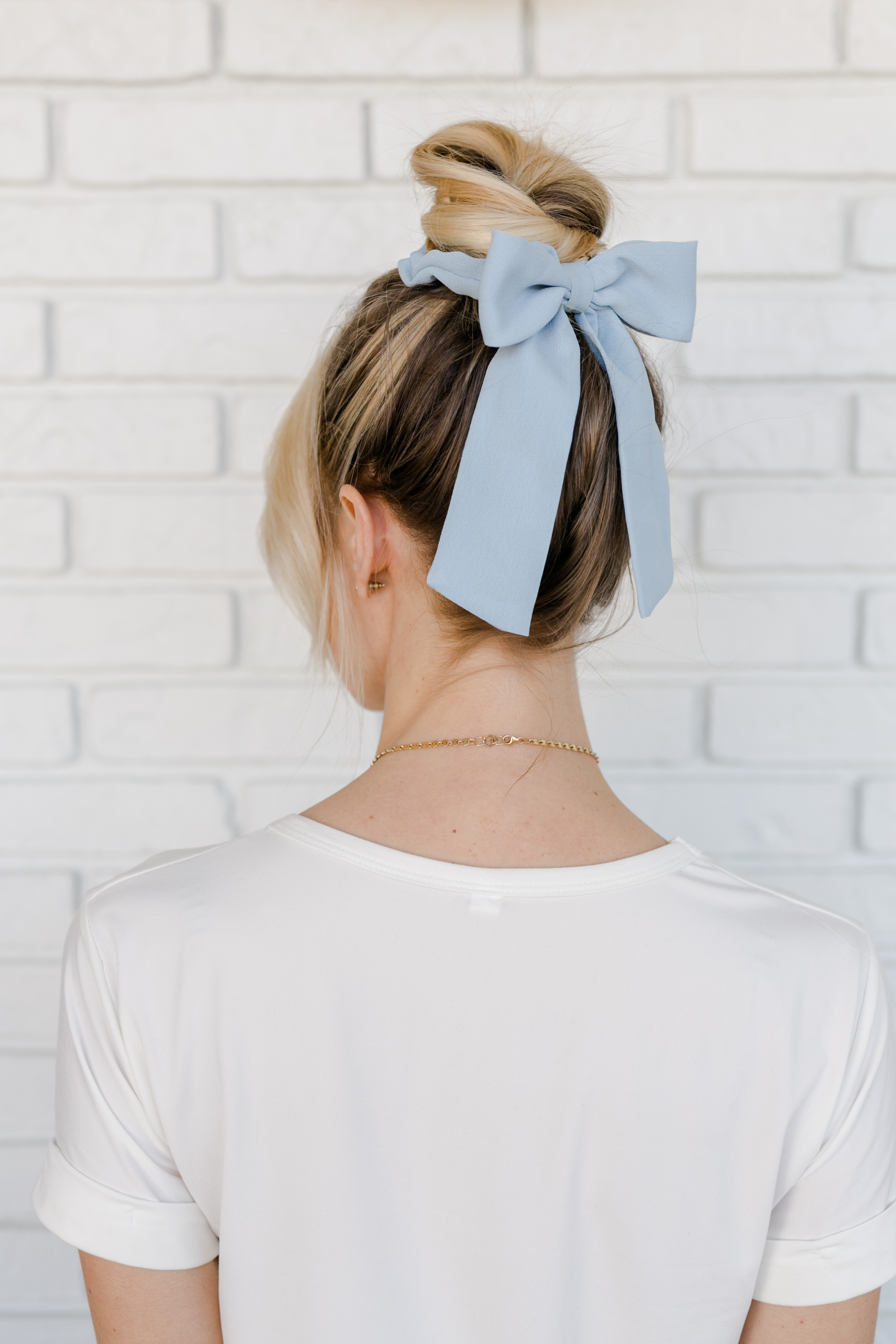 picture relating to To Have and to Hold Your Hair Back Free Printable called 5 Practices toward Put on The Scrunchie Manner - A Attractive Mess