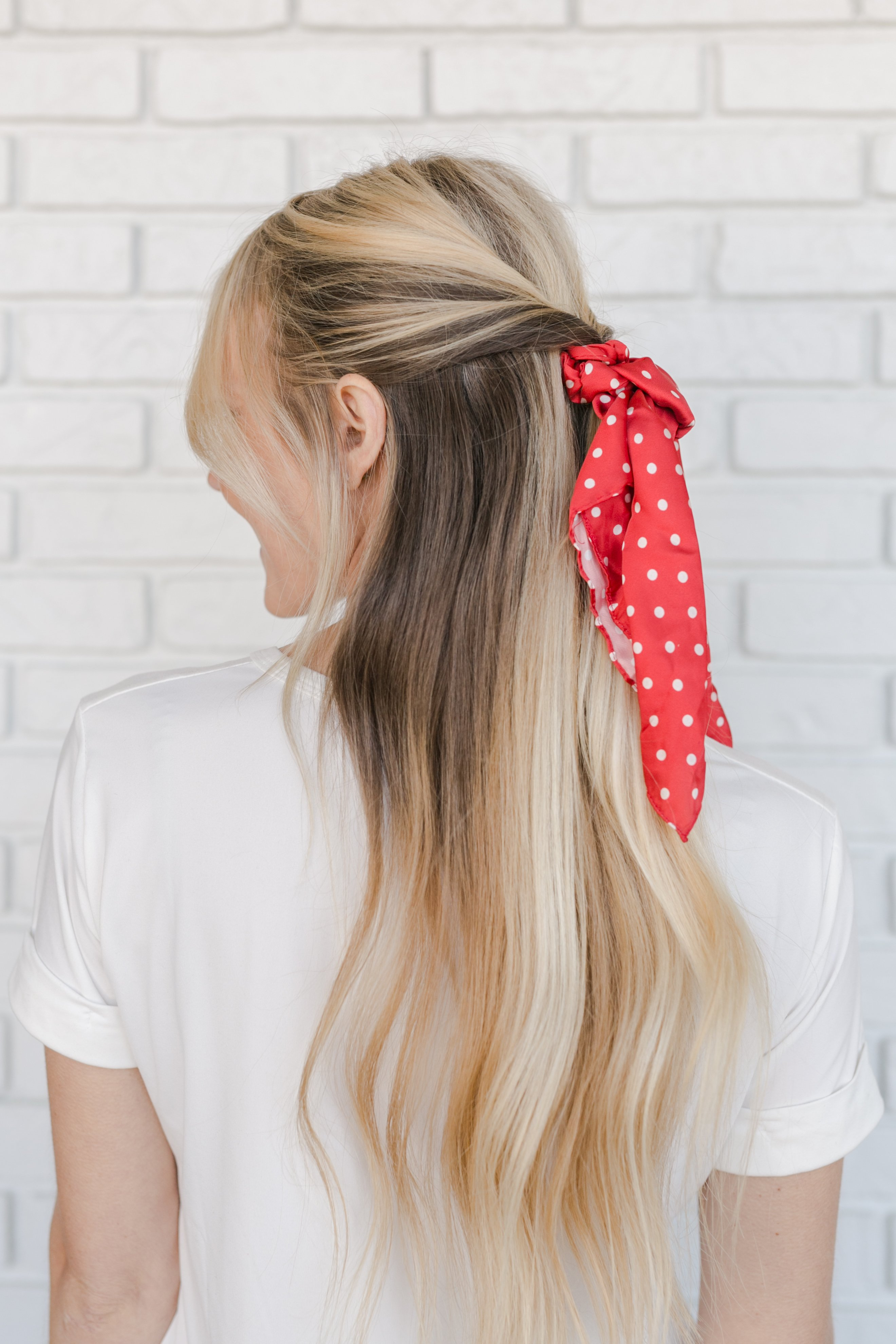 5 Ways to Wear The Scrunchie Trend