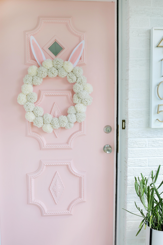 a0f9137fa9f Bunny Pom Pom Wreath DIY