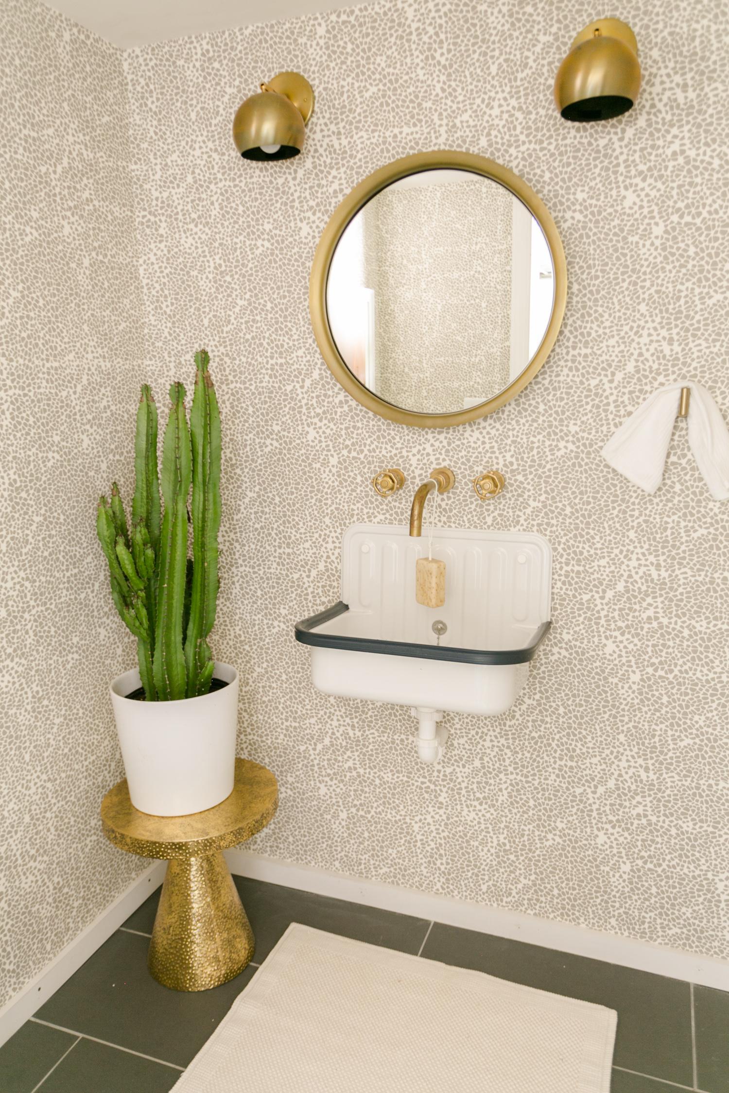 Studio Bathroom (AKA My Final Home Tour- WHAT?!)