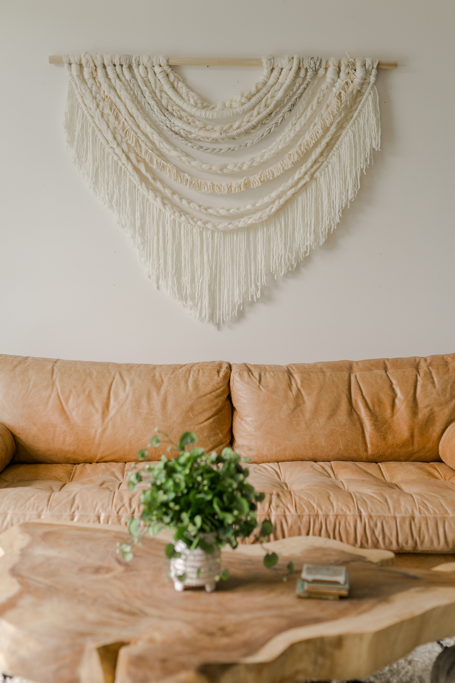 Large-Scale Braided Wall Hanging DIY