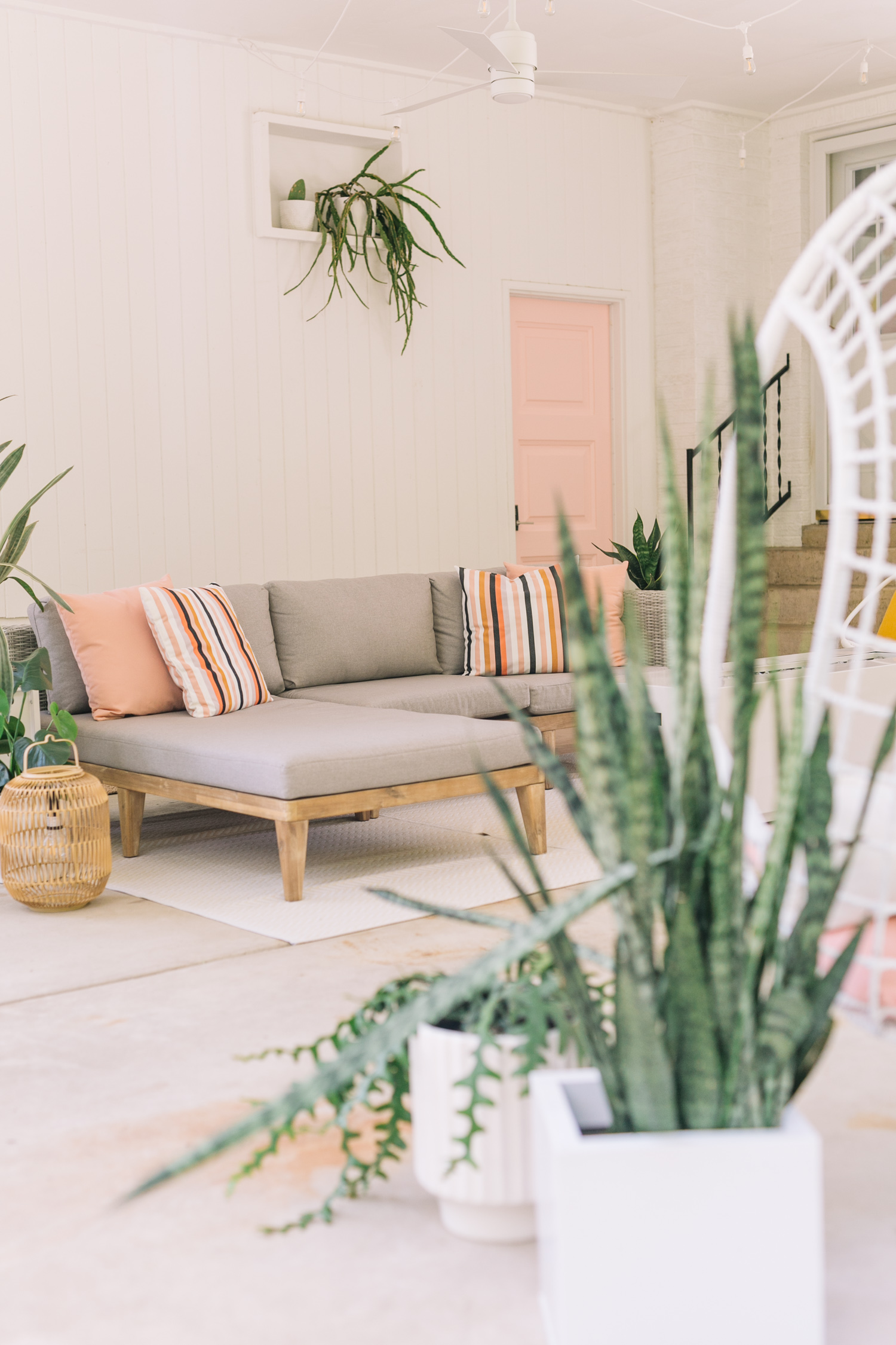 How To Protect Your Outdoor Furniture Through All Seasons