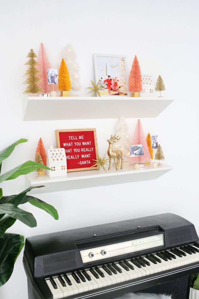 Use These 5 Items To Create An Easy Holiday Display!