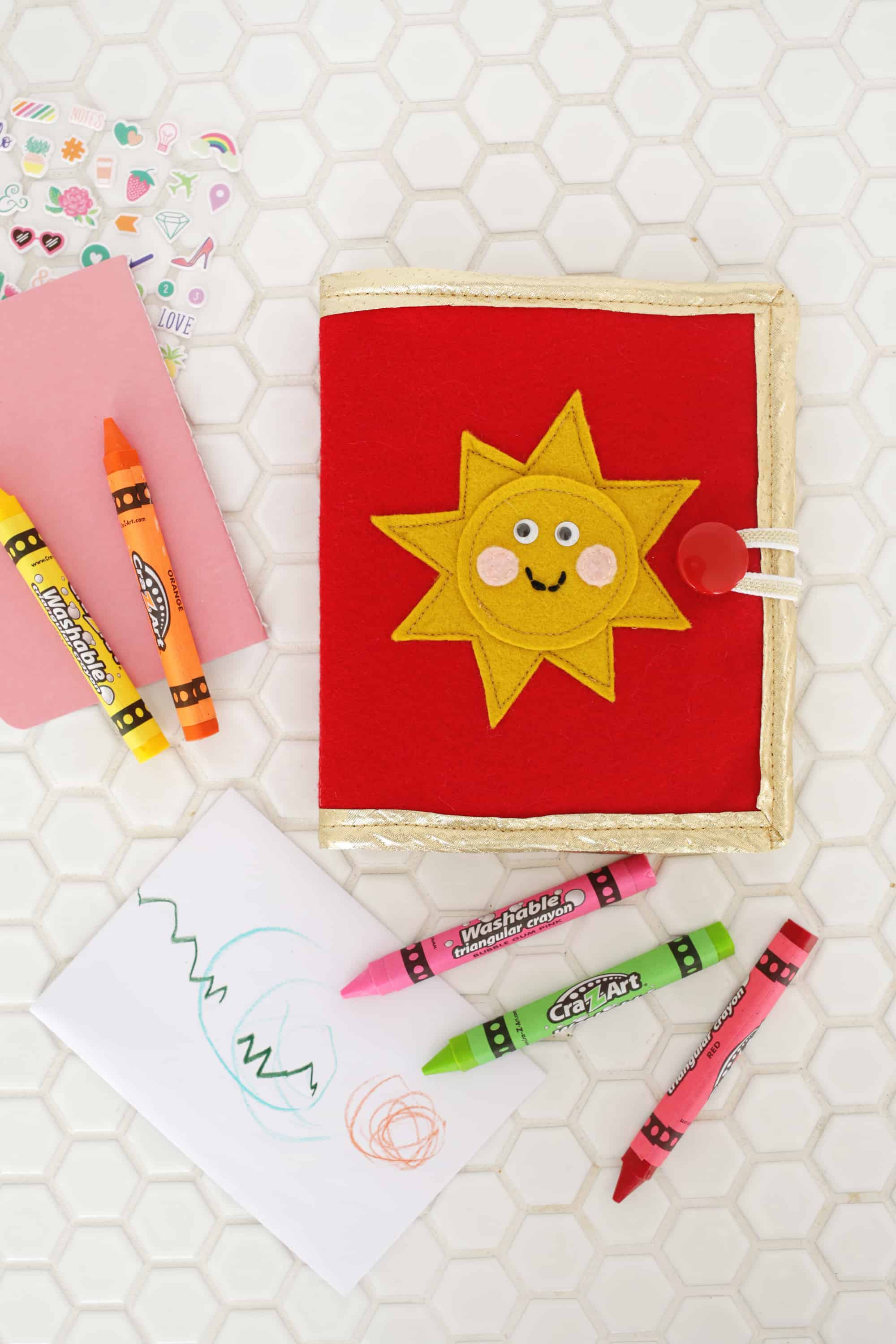 Crayon Wallet DIY For Kids (Great For Travel!), Wustoo