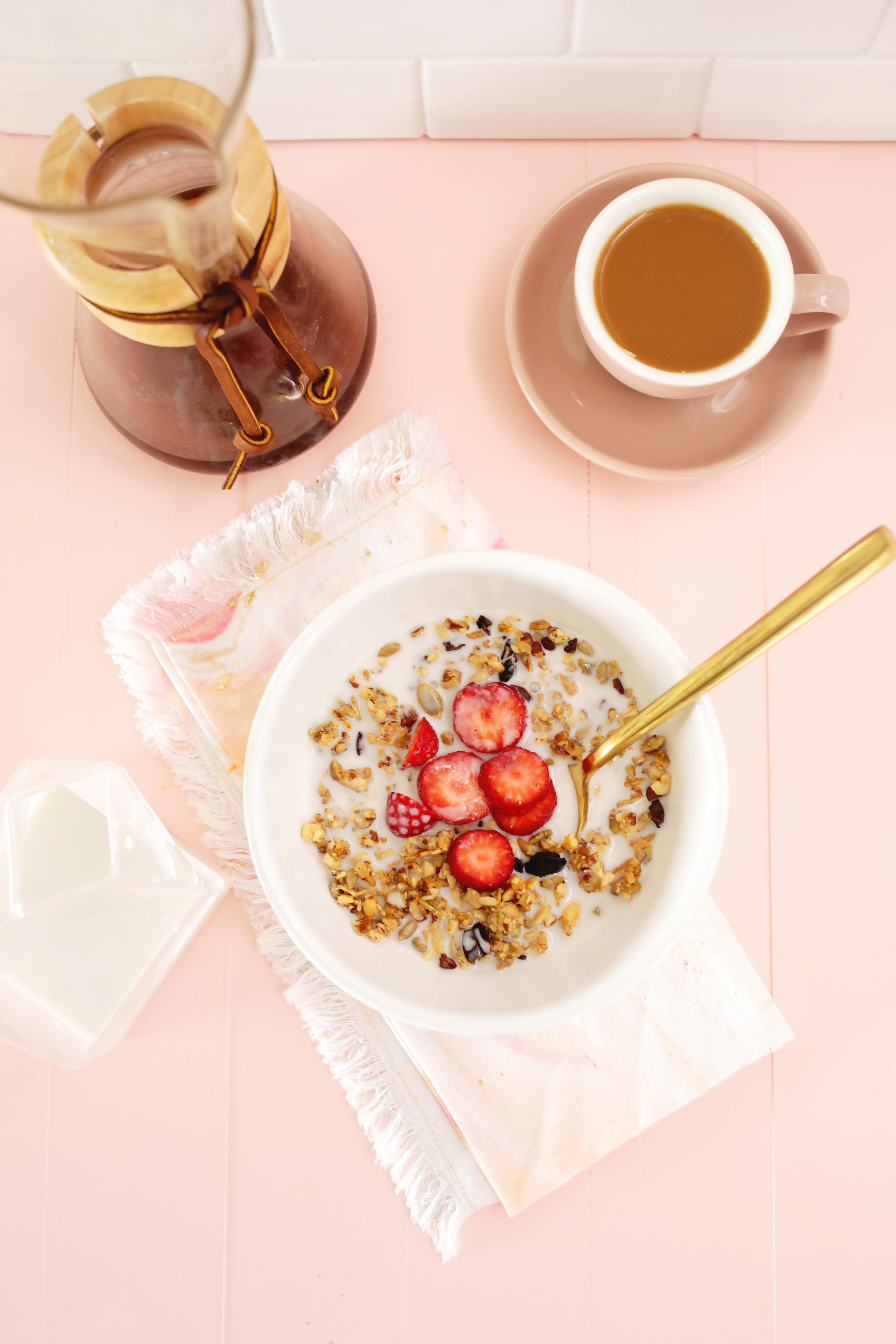 Easy Grain-Free Granola (Paleo and Gluten-Free!)