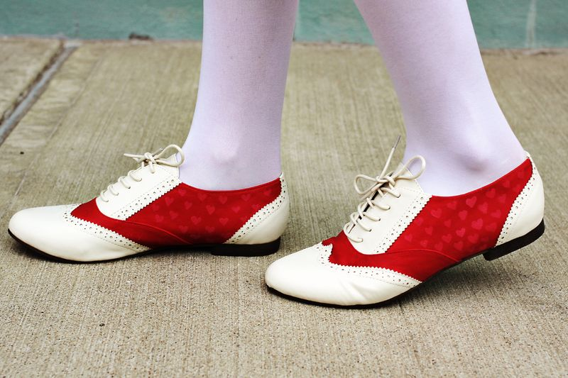Red saddle shoes 2