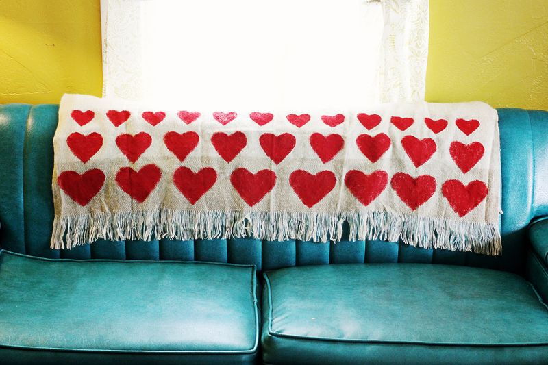 Heart blanket DIY 1