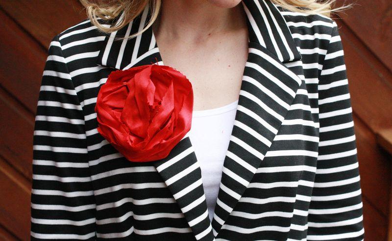 Flower pin 2