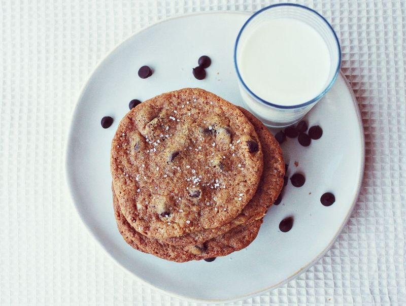 Chocolate and sea salt cookie