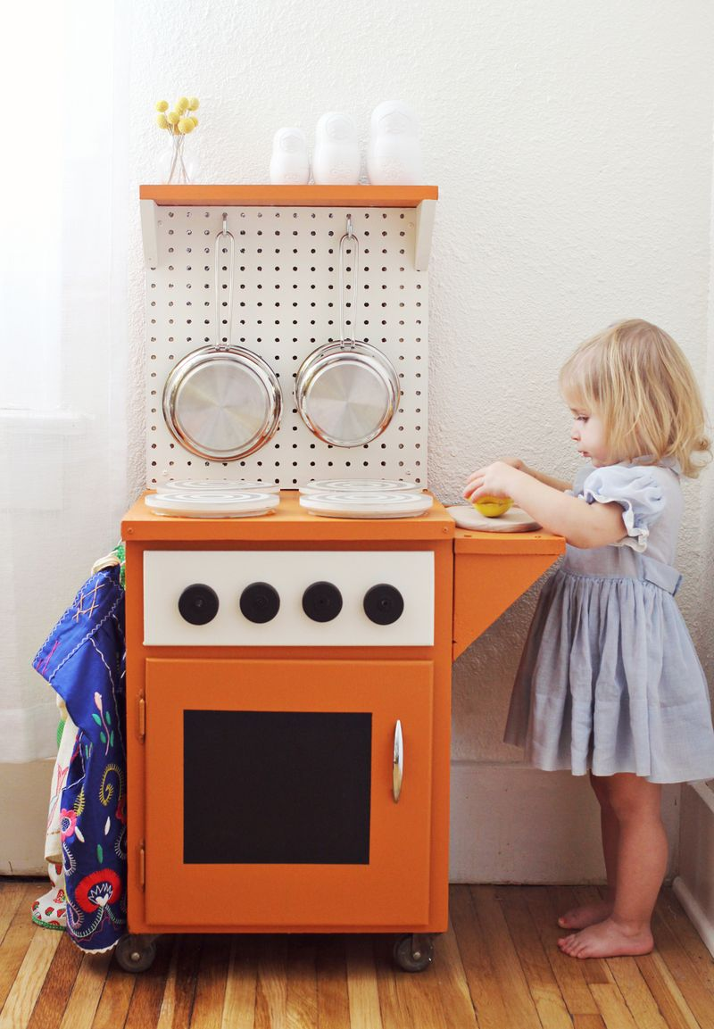 DIY Kitchenette