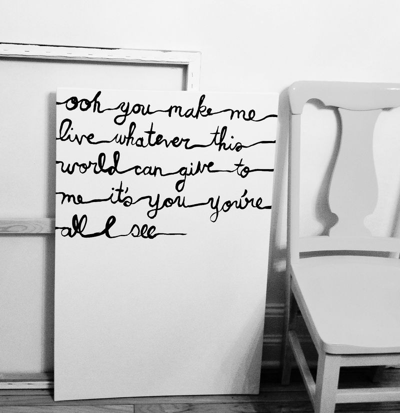 Simple painting with Queen Lyrics- method