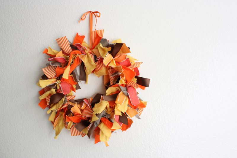 Easy Fabric Wreath