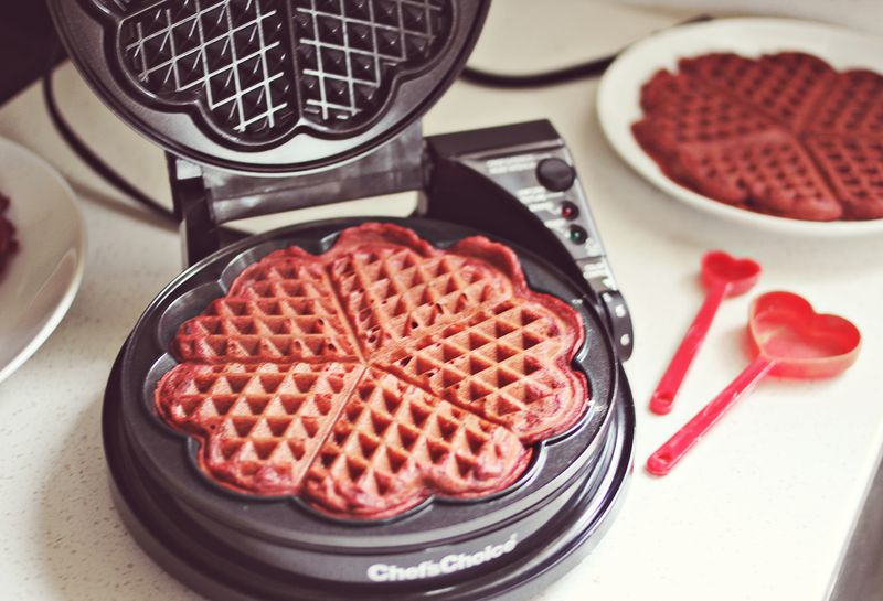 Heart shaped waffle iron