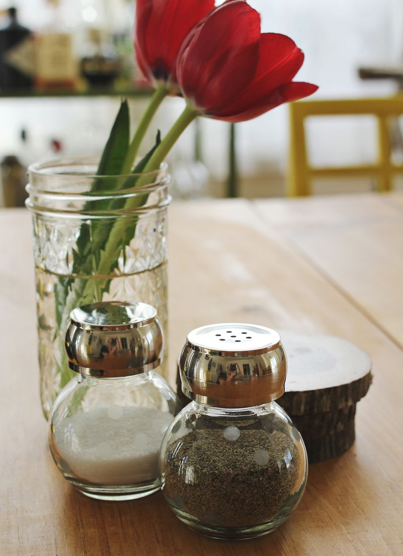 Cute and simple diy salt + pepper shakers