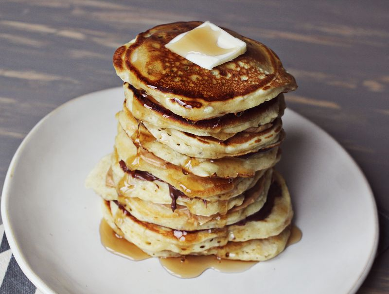 Fluffy buttermilk and banana pancakes!