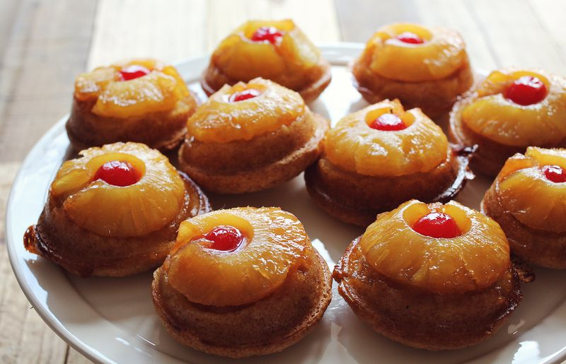 Delicious and cute pineapple upside down mini cakes