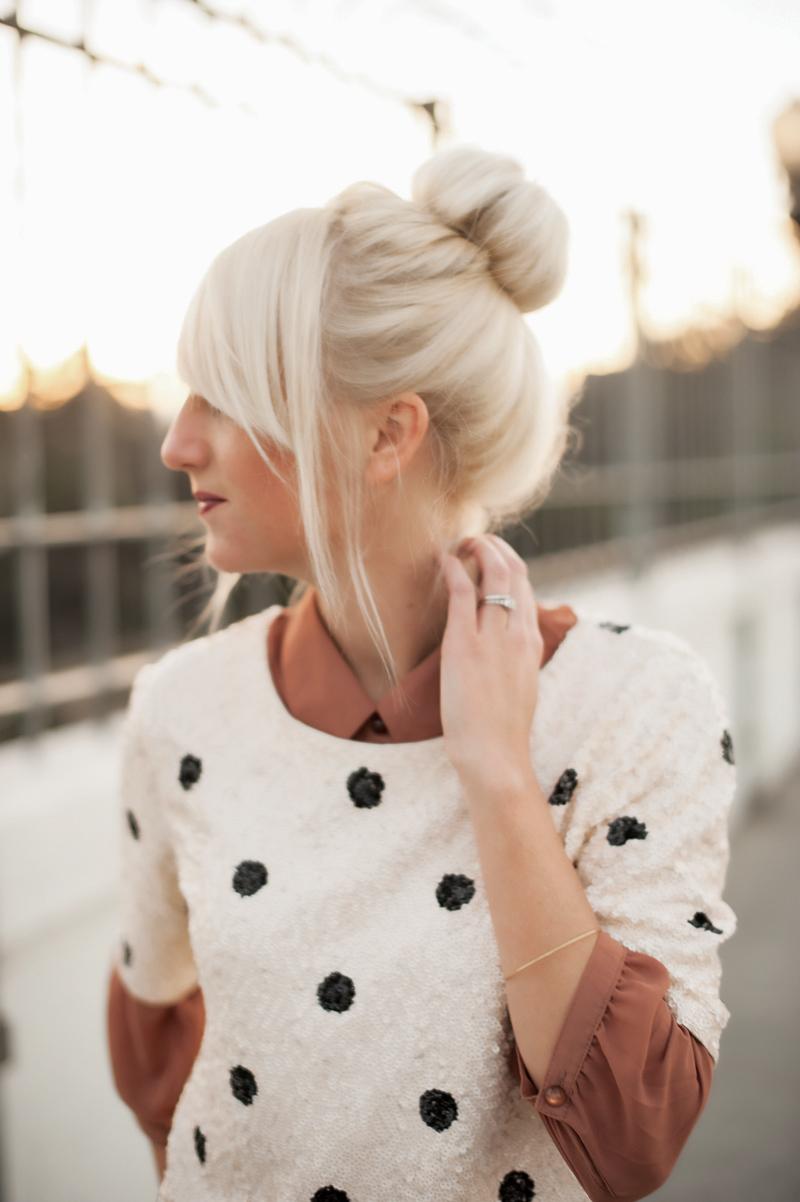 Platinum hair_bun