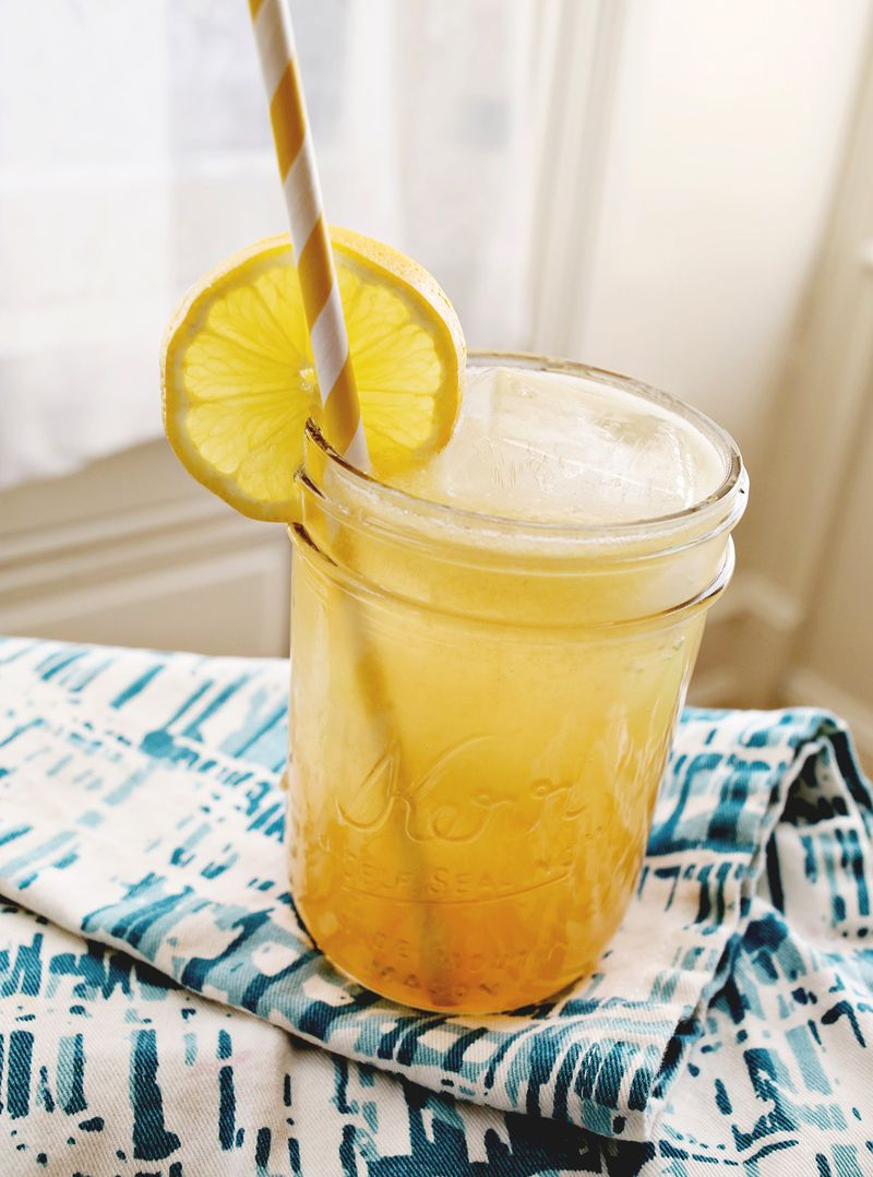 Whiskey Lemomade with Honey Recipe