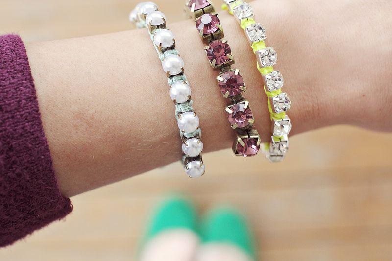 Bracelets DIY via A Beautiful Mess