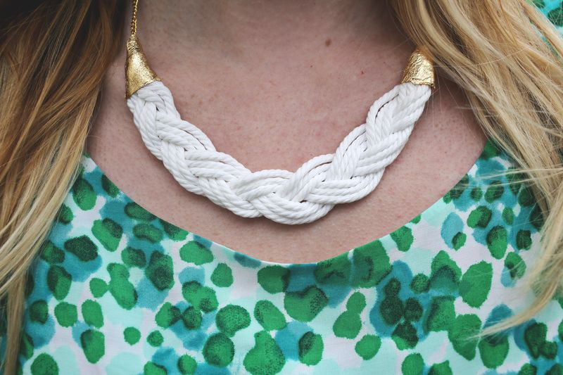 A braided necklace using parachute cord!