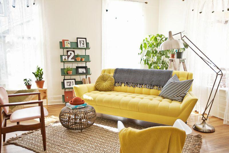 Elsie Larson's living room tour www.abeautifulmess.com