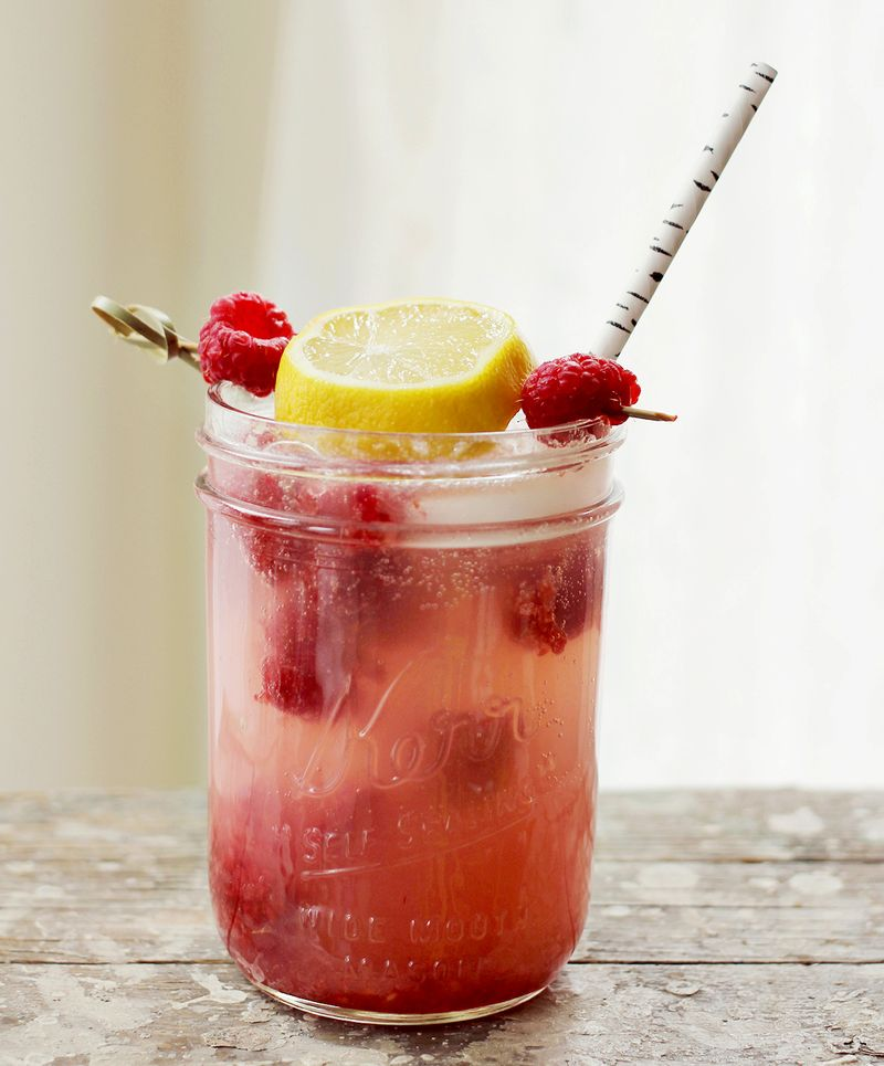 Smashed raspberry lemonade cocktail