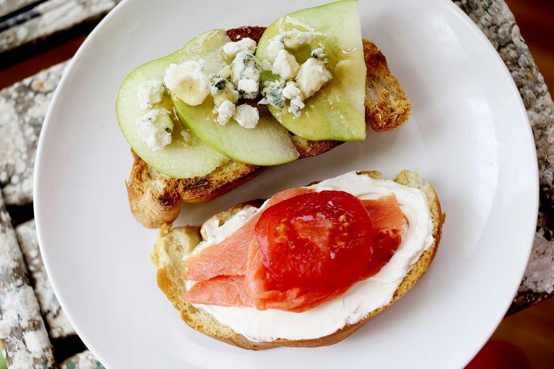 I love toast! www.abeautifulmess.com