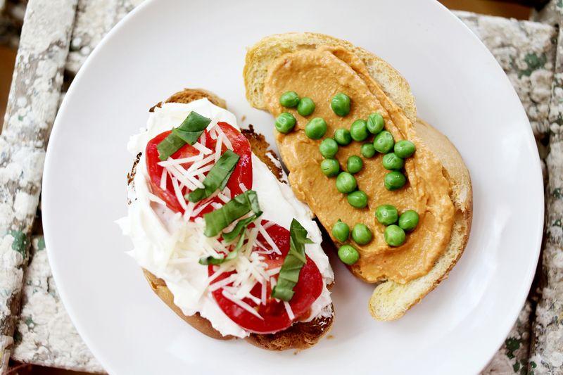 Mmmm toast! www.abeautifulmess.com