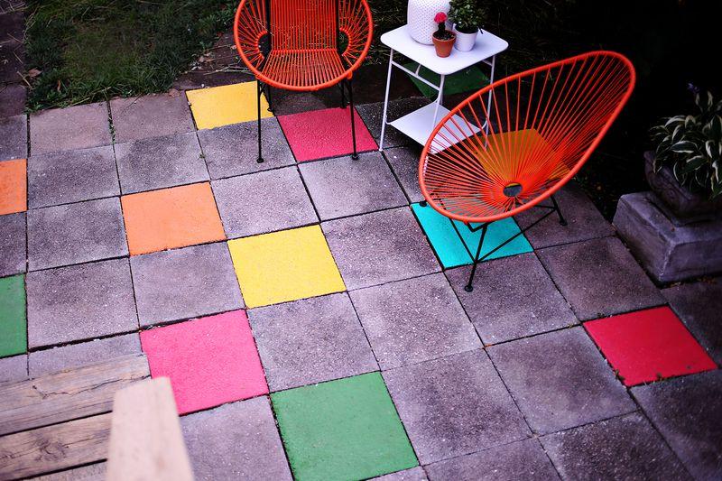 Painted Tile Patio… an easy, fun update! www.abeautifulmess.com