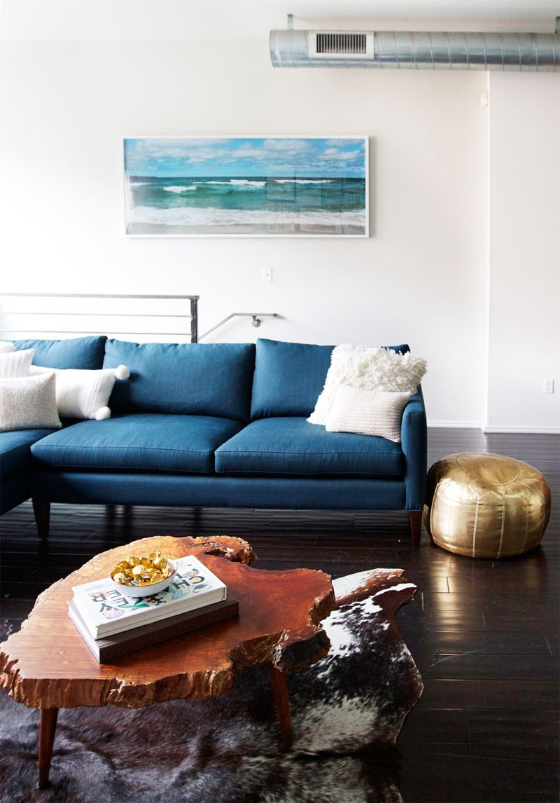 The couch, table, rug combo is dreamy!!