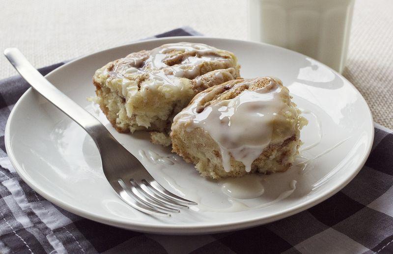 Best cinnamon rolls! abeautifulmess.com
