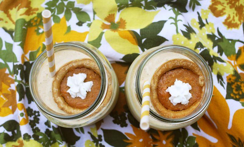 Pumpkin pie milkshakes