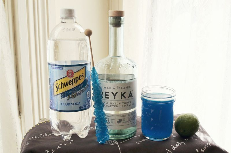 Breaking Bad fan cocktail ( via abeautifulmess.com )