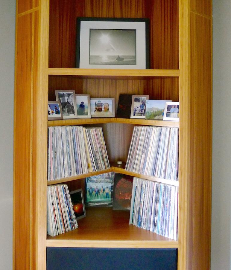 Love the corner record storage!