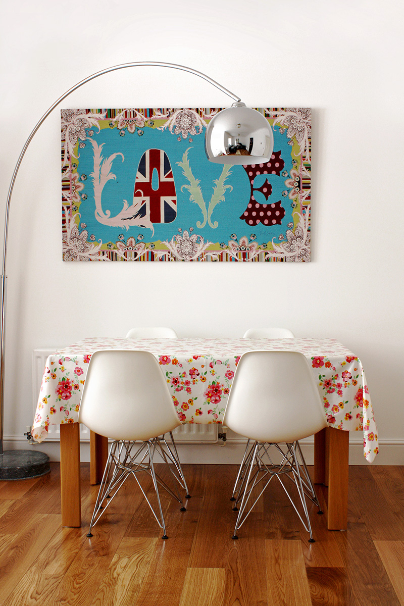 Love that tapestry above the table!