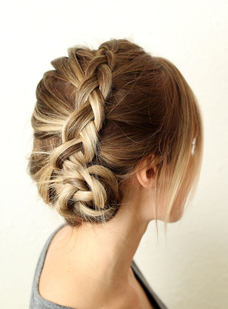 6b214c7ef How To Style A Simple Dutch Braid - A Beautiful Mess