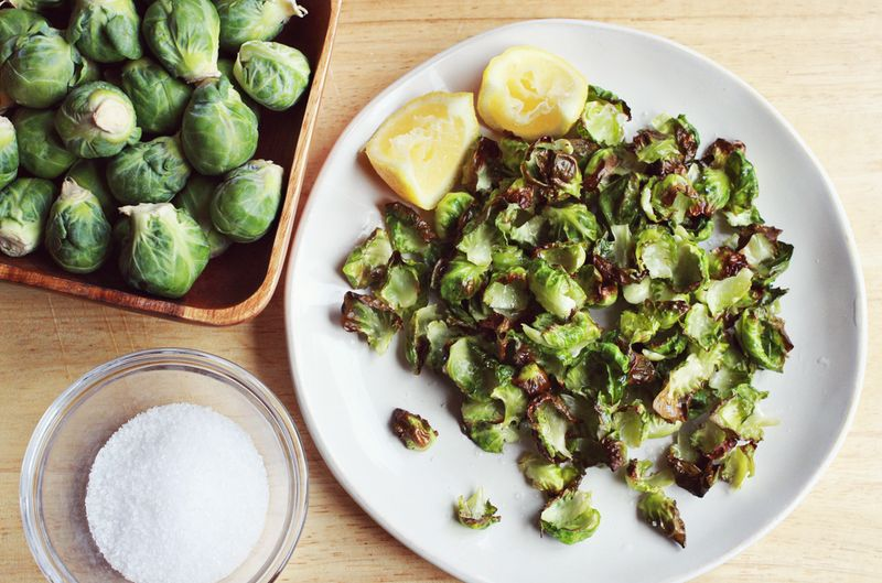 Brussels sprouts chips