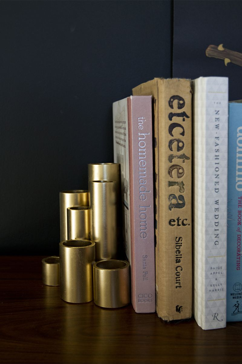 Faux Gold Bookends! Click through for the full tutorial!