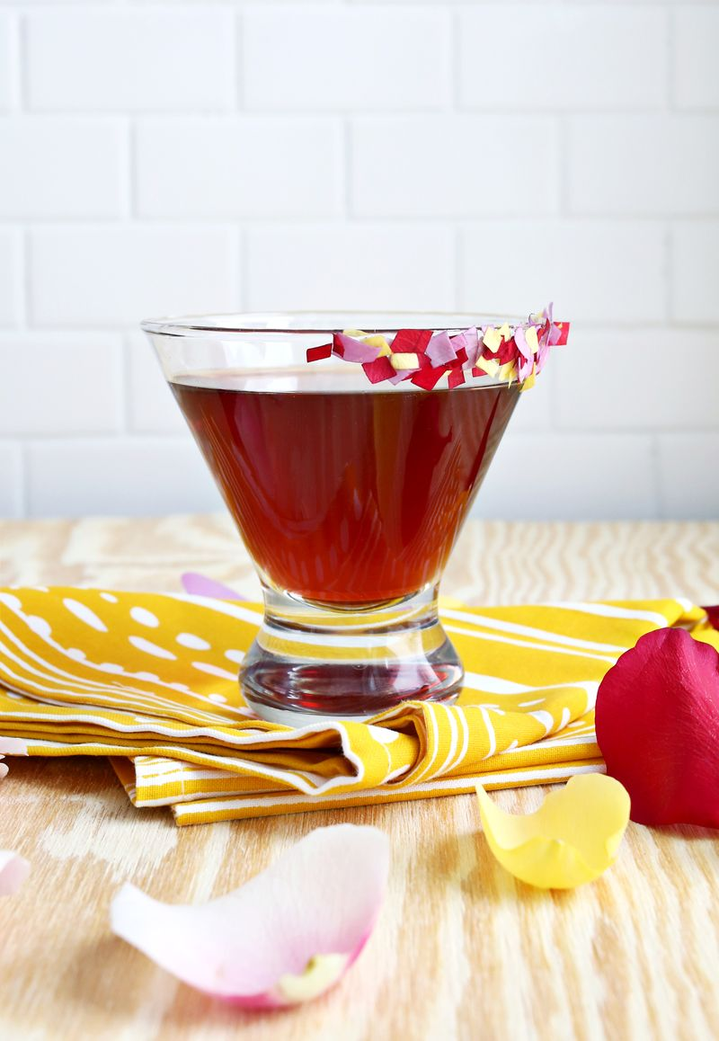 Rose Pomegranate Martini (click through for the full recipe!)