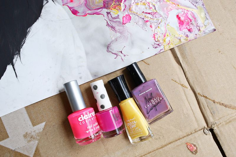 How to Marble with Nail Polish abeautifulmess.com