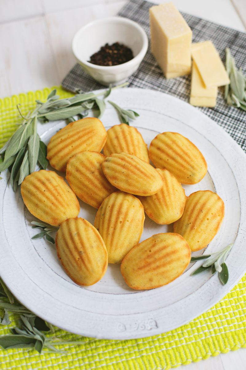 Savory madeleine biscuits