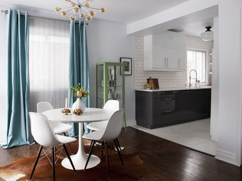Love this bright dining space