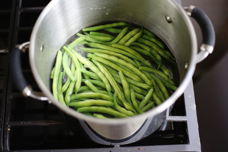 How to blanch green beans